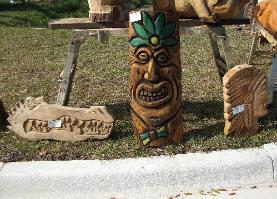 Chainsaw carving faces